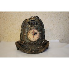 """Настольные часы стимпанк """"Водолазный шлем"""""""