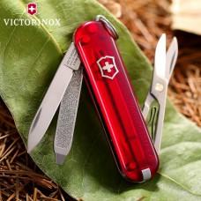 0.6223.T Нож Victorinox Сlassic красный полупрозрачный